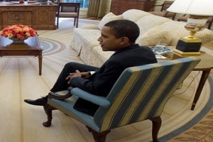 President George W. Bush and Barack Obama meet in Oval Office1